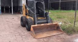 Mini carregadeira volvo bob-cat 2010