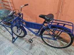 Bicicleta de carga toda reformada - NÃO BAIXO O VALOR.