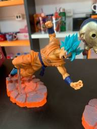 Miniatura Action Figure Goku Freeza