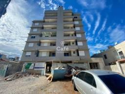 Apartamento de 2 dormitórios (1 suíte), e 1 vaga de garagem no Centro.