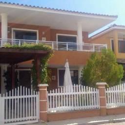 Casa para venda possui 260 metros quadrados com 1 quarto em Buraquinho - Lauro de Freitas