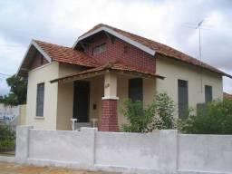 Casa de 3 quartos em Parnaíba (tratar cel *)