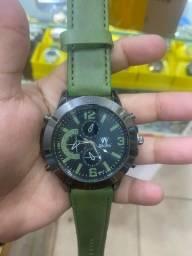 Relógios de couro