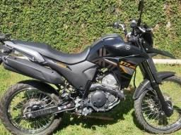Moto preta, LANDER 250
