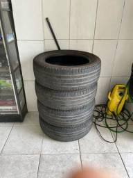 Vendo pneu 225/60 r18