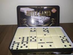 Jogo de dominó profissional