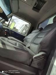 Caminhão Volks 24220
