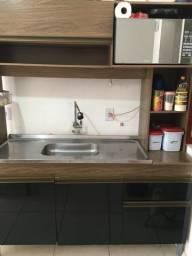 Cozinha compacta com pia inox