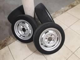 Jogo de rodas de fusca