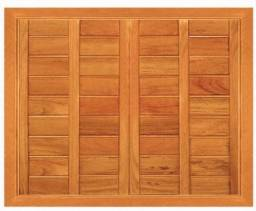 Janelas em madeira maciça