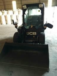 Vendo Carregadeira Compacta JCB