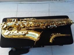 Saxofone Alto Yamaha 62 série 2