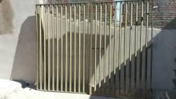 Vendo portão em bom estado