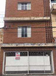 Casa à venda no Jardim Hercília com 293m2 de área construída