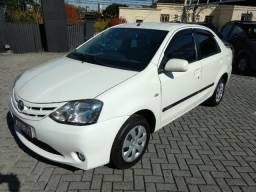Toyota Etios Sedan XS Completo motor 1.5 COM 63 mkm - 2013