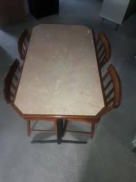 Mesa 4 pessoas