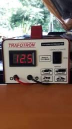 Carregador de baterias da partida em 15 minutos e fonte de 12 volts