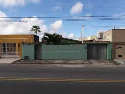 Vendo casa em rua principal no Pitimbu