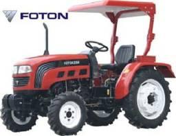 Trator Diesel 4 x 4 25 HP com Direção Hidráulica 10 Marchas