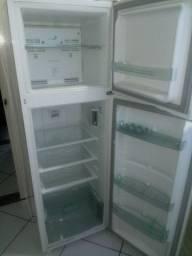 Geladeira Consul - frost free - 330 L