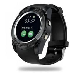 Relógio com funções de celular e com design super moderno!