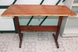 Mesa de Jantar Retangular em Madeira Marrom s/ cadeiras 78cm x 115cm x 48cm
