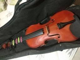 Violino : Arena 4/4 ( breu, capa, Cavalete acústico) sem o arco.