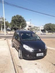 Vende se Fiat Idea contato 063. *