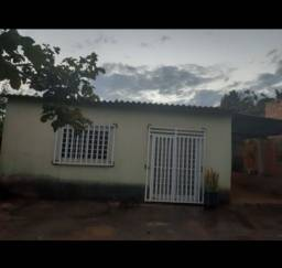 Vendo ou troco casa no Condomínio Quintas Santa Bárbara