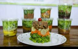Deliciosas saladas de potes $12,00 pra retirar no local