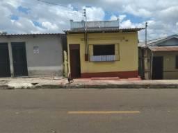 Vendo casa ou alugo em manacapuru na avenida Gilberto mestrinho