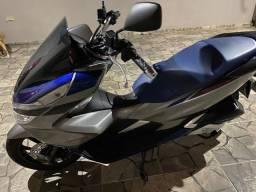 Vendo Honda Pcx 150 spot ano 2020 , estado de zero , com apenas 1.700 km rodado