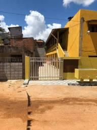 Kitnet em Nova Parnamirim 2/4 350,00 incluso água e garagem
