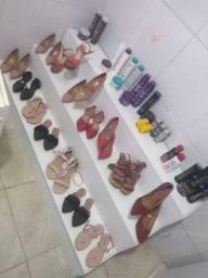 Móveis e sapatos