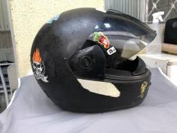Doa-se capacetes