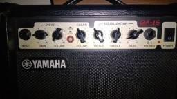 Caixa de som amplificada Yamaha GA-15