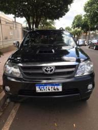 Hilux SW4 SRV 4x4 Diesel Aut