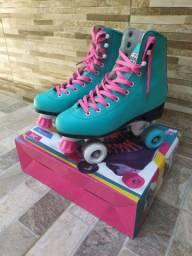 Troco patins por celular em boas condições, número 37/38