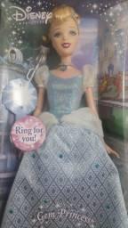 Boneca Cinderela Original Disney Na caixa Sem uso