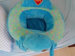Assento almofada de apoio para bebê.