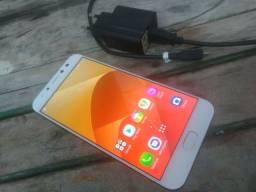Zenfone 4 selfie pro 64g/4Ram