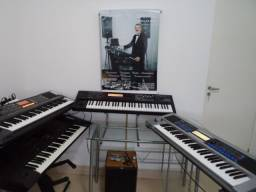 Aula de Teclado Roland ou Yamaha