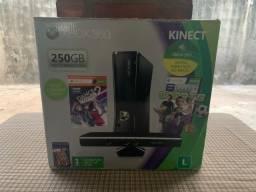 Vendo Xbox360 Slim + Kinect