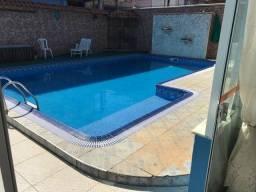 Casa com piscinão em São Pedro da aldeia