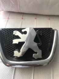 Logotipo Emblema Da Grade Frontal Peugeot 206