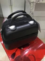 Linda maleta de fibra