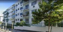 MR - Apartamento com Varanda no Méier no Edificio Carmelita |||