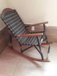 Cadeira de balanço super confortável