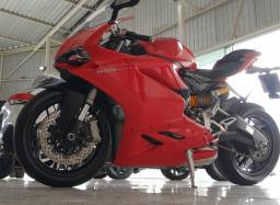 Moto Ducati Panigale 959 2018