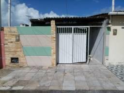 Alugo casa conj Pajuçara